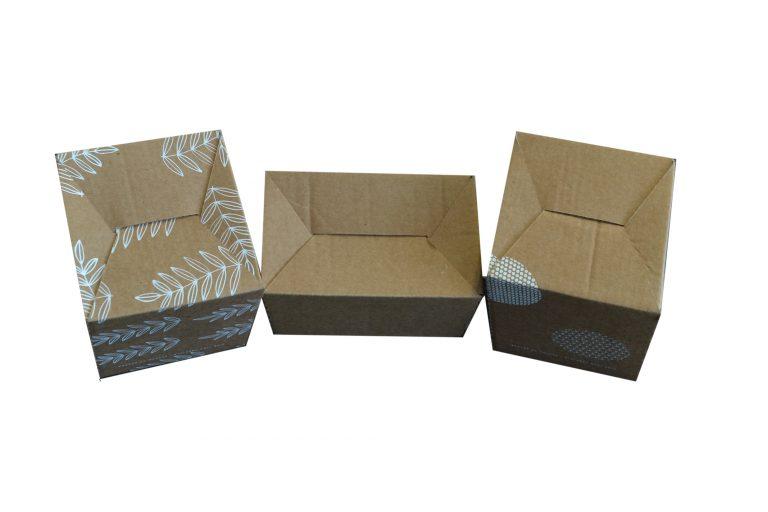 Caisse carton à fond semi automatique